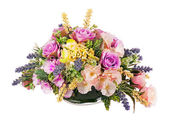 Boeket van kunstbloemen regeling middelpunt in vaas. — Stockfoto