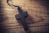 Drewniany krzyż z bliska — Zdjęcie stockowe