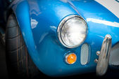 Headlight Detail of Blue Classic car — Stock Photo