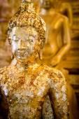 Buddha statue gilded — 图库照片