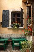 Tuscan windows — Stock Photo