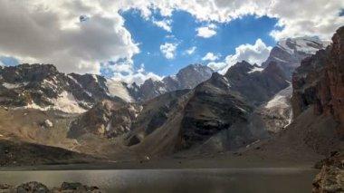 Lago monti — Video Stock