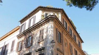 House on Via Di Ponte Sisto. — Stock Video