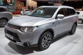 Mitsubishi Outlander PHEV — Stock Photo