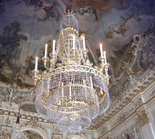 Beautiful ancient crystal chandelier — Stock Photo