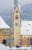 Koetschach-Mauthen Austrian idyllic village on winter time with snowstorm — Stock Photo