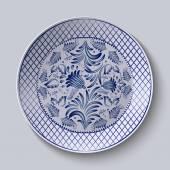 Placa cerâmica decorativa com uma pintura. Teste padrão floral circular no estilo Gzhel. — Vetor de Stock