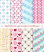 Valentine's Day seamless patterns — Vetor de Stock