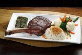 T-bone steak  with vegetables — Stok fotoğraf