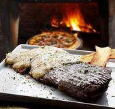 Fresh roast beef — Stock Photo