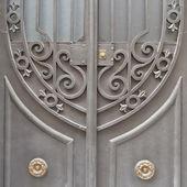 Vintage house forged door detail — ストック写真