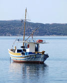 "Greece, traditional fishing boat ""kaiki"" — Stock Photo"