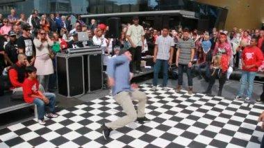 Dançarino de hip hop — Vídeo stock
