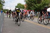 Cyclists Sprint Down Street At Start Of Georgia Criterium — Stock Photo