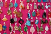 Gem Stone Earrings Displayed At Arts And Crafts Festival — Zdjęcie stockowe
