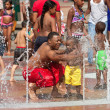 Families Get Soaked Playing In Atlanta Fountain — Stock Photo #65571199