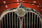Chiang Mai, Thailand - March 28 - Logo MITSUOKA Car On Display I — ストック写真
