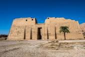 Medinet Habu (Mortuary Temple of Ramesses III), West Bank of Luxor in Egypt — Zdjęcie stockowe