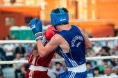Um boxe corresponder osleys iglesias, cuba e salah mutselkhanov, Rússia. vitória osleys iglesias — Fotografia Stock