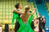 Couple dance — Stock Photo