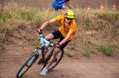 竞争骑自行车的人 — 图库照片