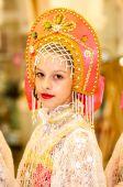 The girl in the Orenburg downy shawl — Stock Photo