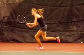 Girl tennis — Стоковое фото