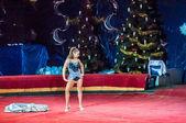 Circus Stars perform focus dress ups — Stock Photo