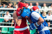 Girls in boxing competition — ストック写真