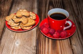 Ripe raspberry and cookies — Foto de Stock