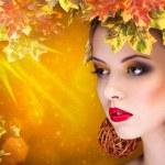 Autumn fashion portrait of beautiful woman — Stock Photo #54262791