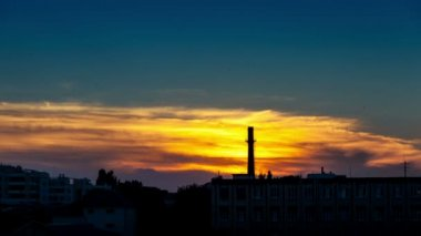Beautiful timelapse of an industrial zone at the sunset — Stock Video