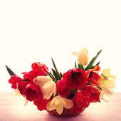 姹紫嫣红的春天鲜花花束郁金香 — 图库照片