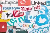 KIEV, UKRAINE - AUGUST 22, 2015:Collection of popular social media logos printed on paper:Facebook, Twitter, Google Plus, Instagram, Pinterest, Skype, YouTube, Linkedin and others — Stock Photo