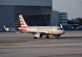 アメリカの航空会社エアバス A 319 ジェット — ストック写真