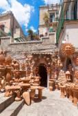 Pottery souvenir shop in Taormina — Stockfoto