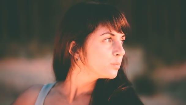 Красивые одинокие девушки видео фото 697-756