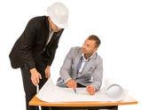 Majster budowy i architekt, omawiając plan — Zdjęcie stockowe