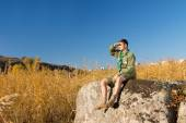 Male Scout on Rock Watching the Wide Landscape — Stock Photo