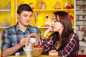 Young White Couple Dating at the Cafe — Foto de Stock