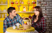 Couple Looking Each Other at the Snack Bar — Stock Photo