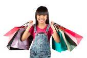 Ragazza asiatica con colorate borse per la spesa — Foto Stock
