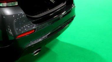 Handshake, car sale deal at the car retailer — Stock Video