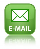 E-mail glossy green reflected square button — Stockfoto