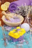 Aromaterapi otlar ve limon ile — Stok fotoğraf