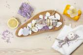 Lavender and lemon aromatherapy — Stock Photo
