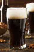 Refreshing Dark Stout Beer — Stock Photo