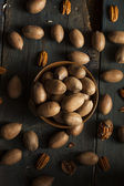 Raw Organic Whole Pecans — Stock Photo