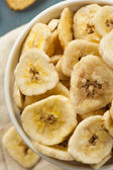 Homemade Dehydrated Banana Chips — Stock Photo