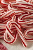 Red and White Mini Candy Canes — Stockfoto